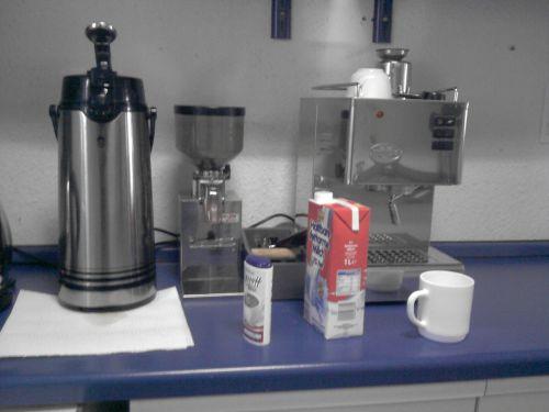 Kaffeemaschinen zweierlei Art